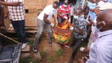 Man Cuts Off His Grandmother's Head, Takes It To Police Station To Report Himself [Video] 6