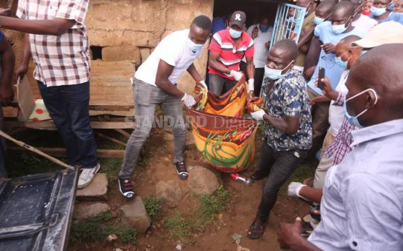 Man Cuts Off His Grandmother's Head, Takes It To Police Station To Report Himself [Video] 2