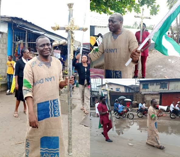"""""""You're Inviting The Wrath Of God"""" - Archbishop Dresses On Sack Cloth To Warn Buhari, Others 2"""