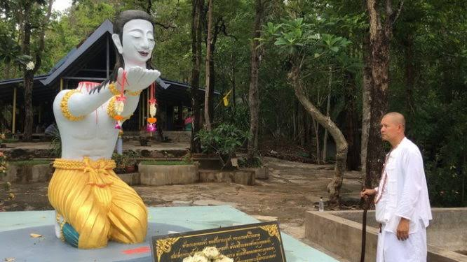 68-Year-Old Monk Beheads Himself As An Offering To Buddha For 'Good Luck In The Afterlife' 3