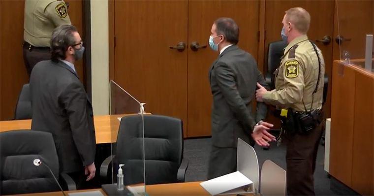 Derek Chauvin found guilty on all counts in the murder of George Floyd - Breaking News 3