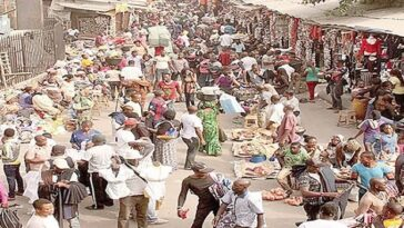 Hausa Cattle Traders Attacks Police And Government Officials With AK-47 In Enugu Market 7