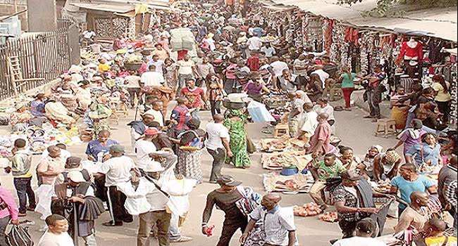 Hausa Cattle Traders Attacks Police And Government Officials With AK-47 In Enugu Market 1