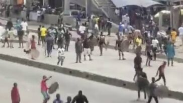 Tribal Clash Between Hausa Okada Riders And Yoruba Youths At Iyana Iba In Lagos [Video] 2