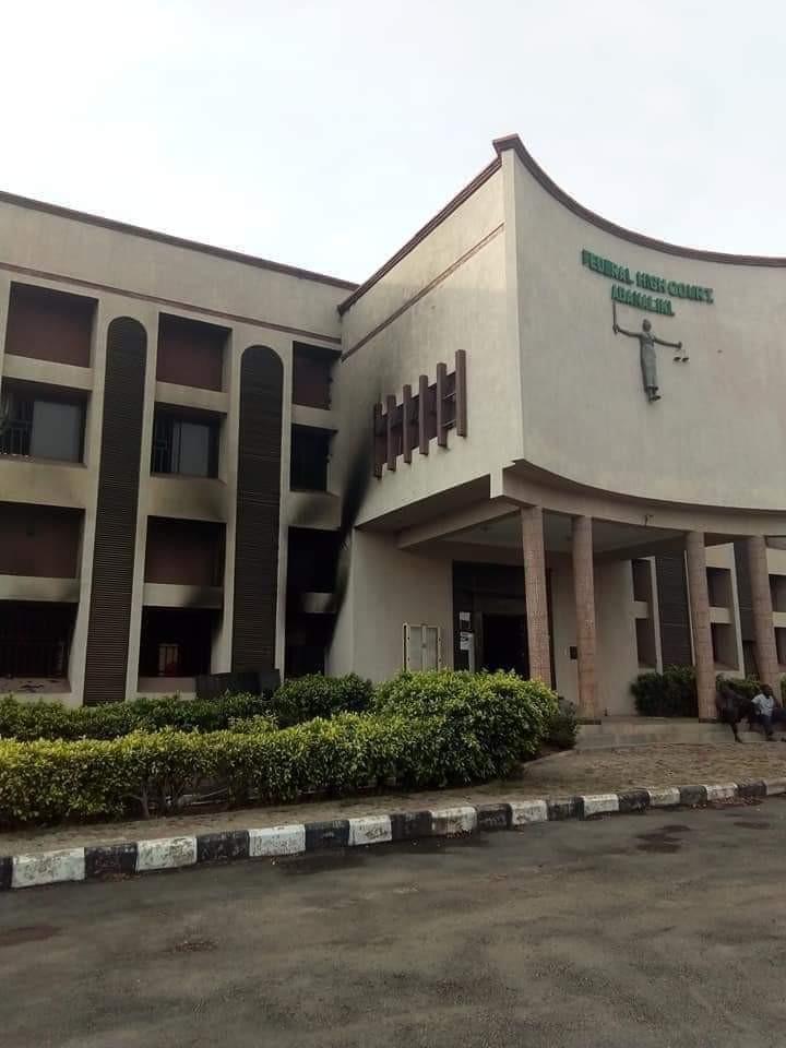 Federal High Court Set Ablaze By Unknown Gunmen In Ebonyi [Photos] 1