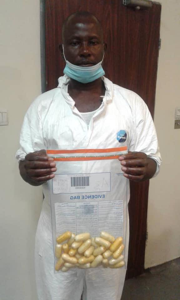 Nigerian Drug Trafficker Excretes 97 Wraps Of Cocaine Worth N360m At Lagos Airport [Photos] 2