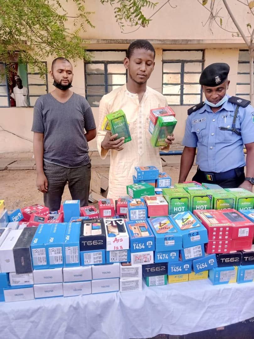 Police Arrests 23-Year-Old Man Who Stole 273 Phones Worth N15 Million In Katsina [Photos] 3