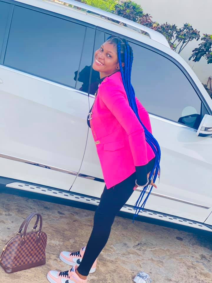 EFCC Arrests Young Lady Hours After She Flaunted Her Flashy Car On Social Media 4