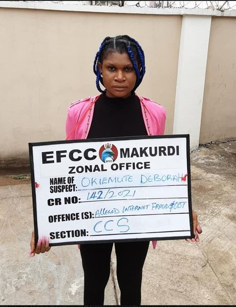 EFCC Arrests Young Lady Hours After She Flaunted Her Flashy Car On Social Media 1