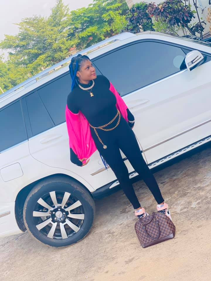 EFCC Arrests Young Lady Hours After She Flaunted Her Flashy Car On Social Media 5