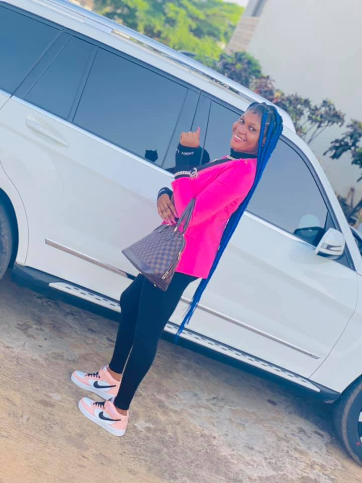 EFCC Arrests Young Lady Hours After She Flaunted Her Flashy Car On Social Media 3