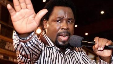 Nigeria Won't Break Up Despite The Crisis, Murder, Killings & Destructions - TB Joshua Prophesy 12