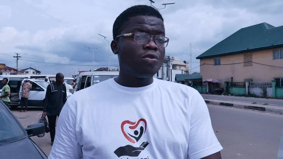 Adamazi Foundation: Blogger Adamazi Mbonu feeds the street to celebrate birthday - PHOTOS 22