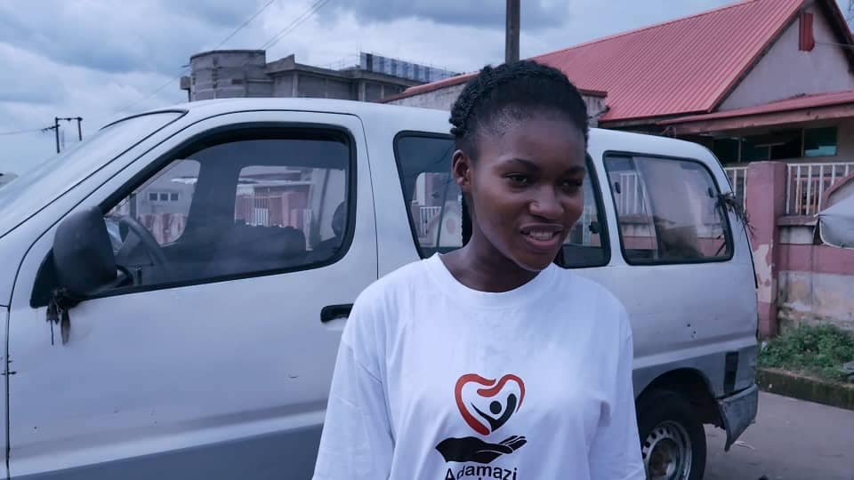 Adamazi Foundation: Blogger Adamazi Mbonu feeds the street to celebrate birthday - PHOTOS 10