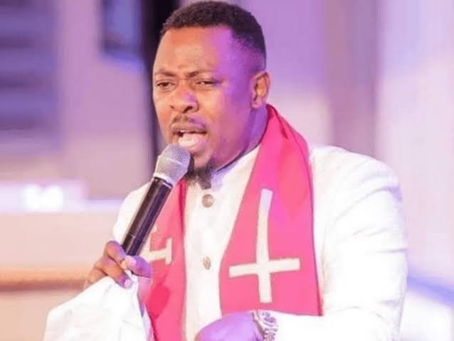"""""""Sow Seed To God, The White Lady You're Scamming Will Pay Millions"""" - Prophet Tells Fraudster [Video] 1"""