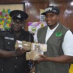 Police Officers Gets N1m Reward After Rejecting Bribe From Fake Drug Dealers In Kano 28