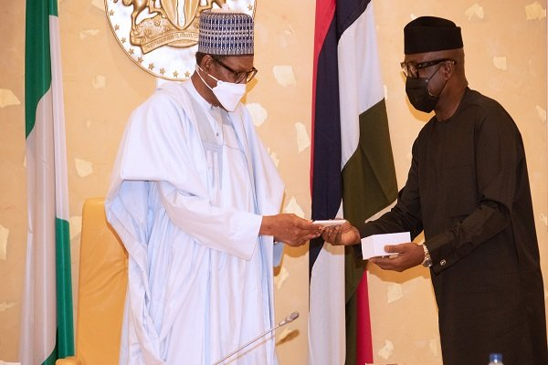 President Buhari Unveils First Ever Made-In-Nigeria Android Phone 'ITF Mobile' [Photos] 2