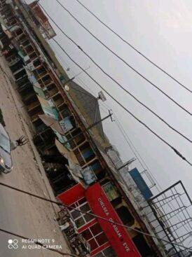 Traders Shutdown Aba Shopping Center In Abia Over Nnamdi Kanu's Trial [Photos] 2