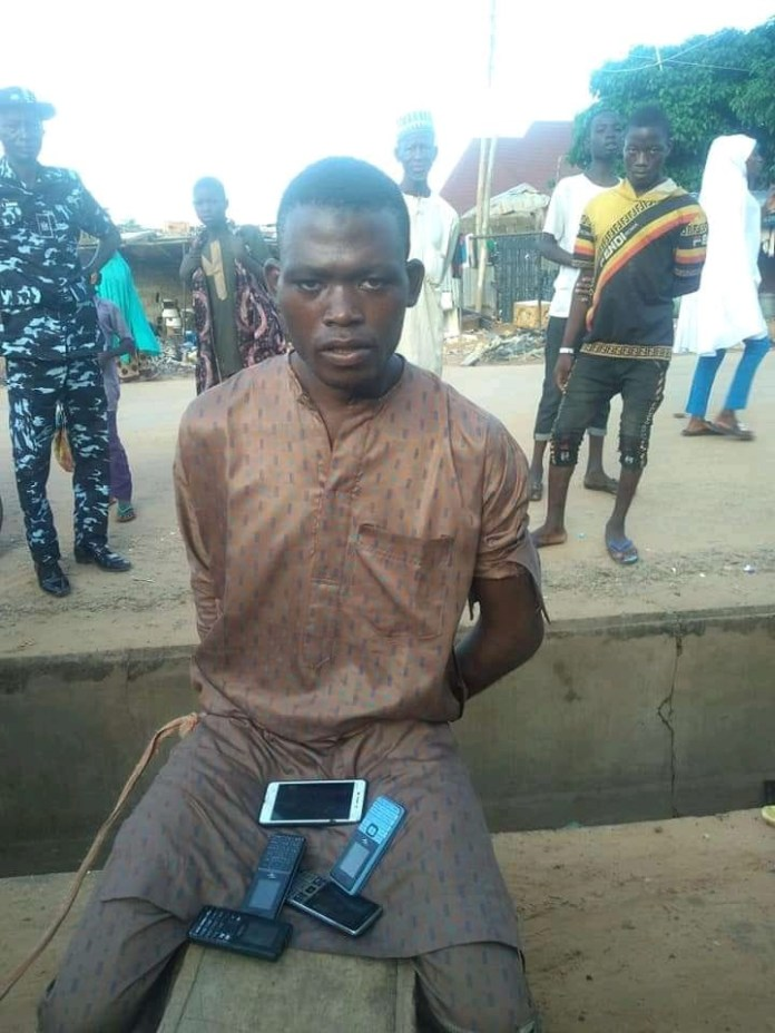 Phone Thief Caught After He Fell Asleep While Robbing A Kebbi Mosque [Photos] 4