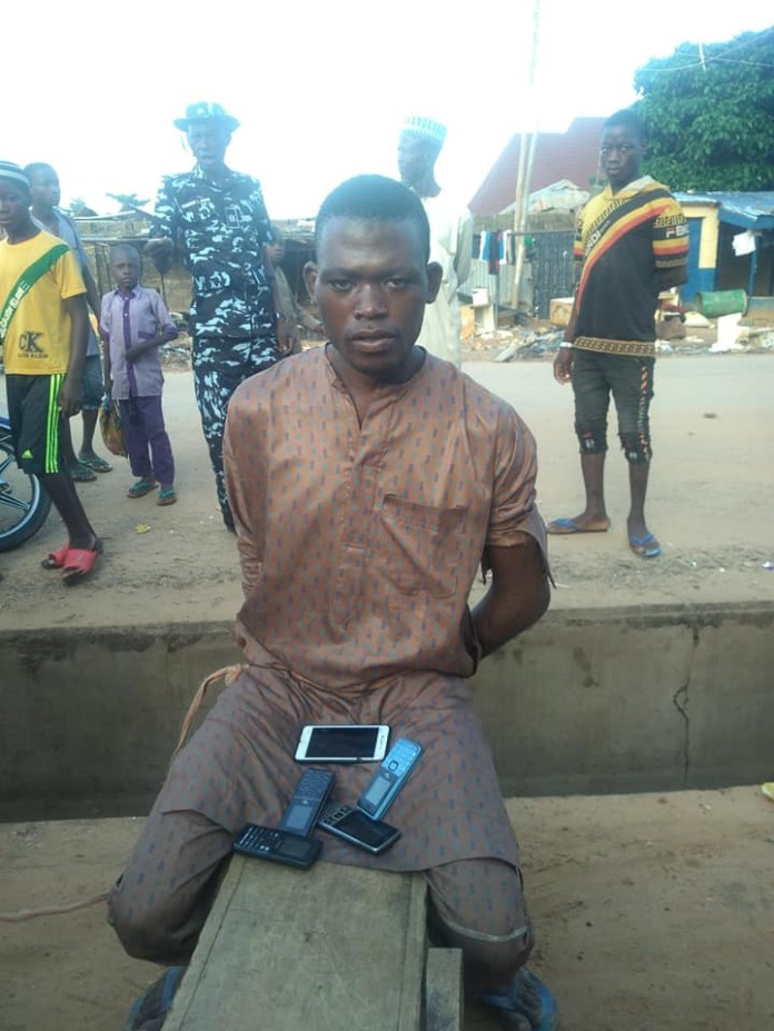 Phone Thief Caught After He Fell Asleep While Robbing A Kebbi Mosque [Photos] 3