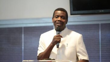 Pastor Adeboye Reveal What He Did When His Ex-Girlfriend Visited Him With Her Child
