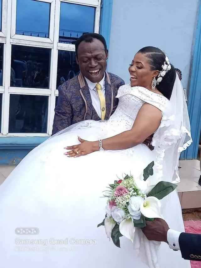 Nigerian Man Cries Out After Pastor Married His Wife On Instruction Of 'Holy Spirit' 9