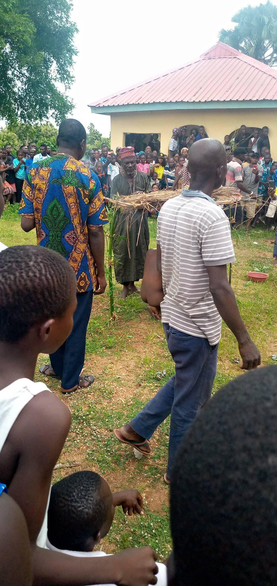 Man Paraded Naked With Sister After They Were Caught Having Sεx In Benue [Photos] 2