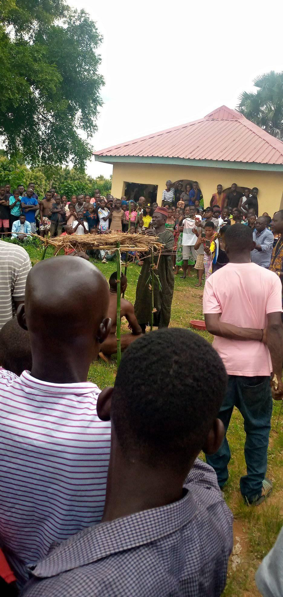 Man Paraded Naked With Sister After They Were Caught Having Sεx In Benue [Photos] 1