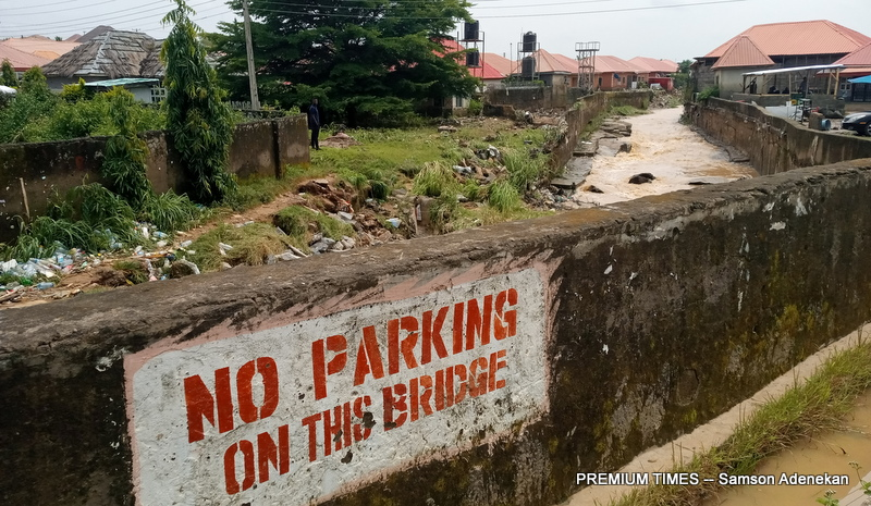 Four Dead, Others Missing As Flood Sweep 26 Vehicles, 166 Houses In Abuja [Photos] 14