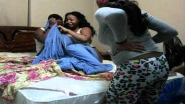Wife Catches Husband Having Sεx With Her Two Sisters On Their Matrimonial Bed