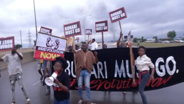 Police Disperse Buhari-Must-Go Protesters On Independence Day In Abuja [Photos]