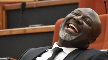 Senator Dino Melaye's P.A Decamps To APC In A Very Dramatic Way With A Song [Video] 3