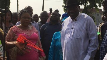 Goodluck Jonathan And His Wife Patience, Cast Their Votes In Otuoke, Bayelsa State [Photos] 2