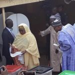 Watch The Moment President Buhari Checked To See Who His Wife Voted For [Video] 12