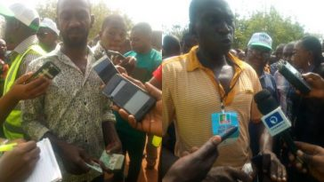 Two APC Members Arrested With 43 PVCs At Polling Unit In Benue State [Photos] 1