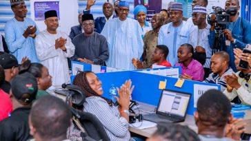 'Sai Baba' Chants Fill The Air As Buhari Visits Campaign Headquarters In Abuja [Photos] 1