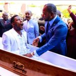 South African Pastor Under fire for fake resurrection miracle - VIDEO 28