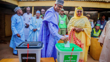 President Buhari And Wife Cast Their Votes In Daura, Katsina State 13