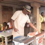 PHOTONEWS: Kwara State Governor Cast His Vote. 27
