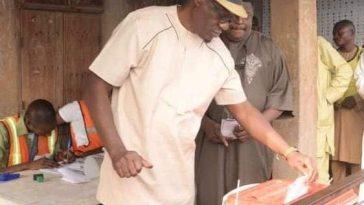 PHOTONEWS: Kwara State Governor Cast His Vote. 8