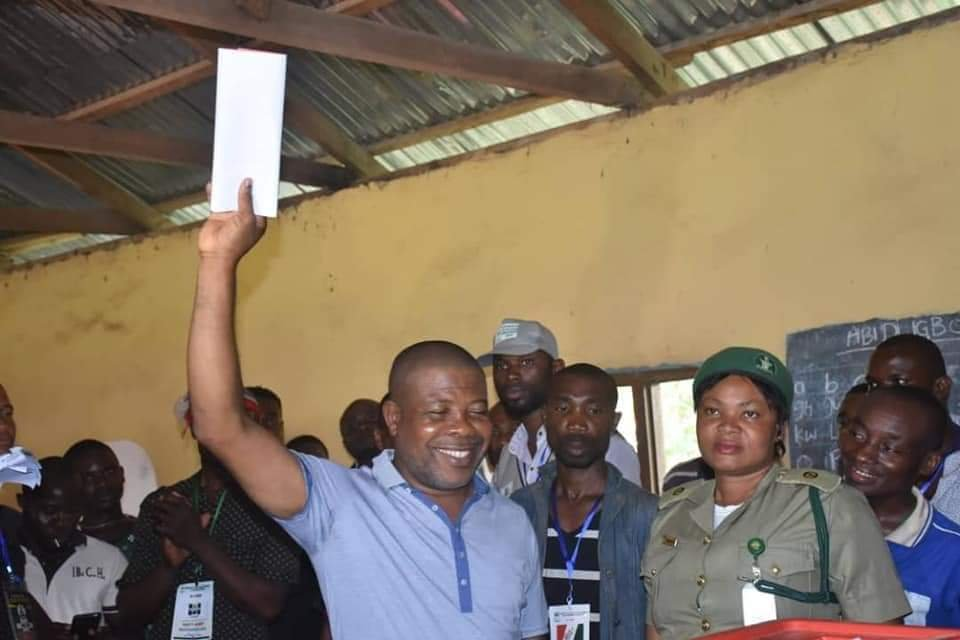 PHOTONEWS: PDP's Emeka Ihedioha Votes in Imo State. 2