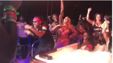 Usain Bolt Parties Hard With Ashanti At Carnival In Trinidad and Tobago [Photos/Video] 1
