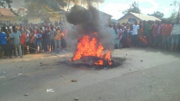 Thief Dragged Out Of Police Station In Cross River, Burnt To Death By Angry Mob Over Murder [Photos] 6