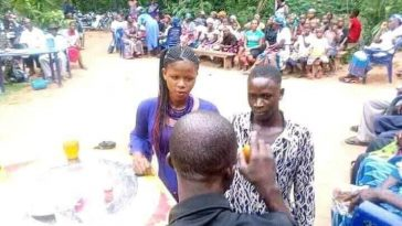 Teenage Boy Forced To Marry Young Lady Whom He Impregnated In Anambra [Photos] 2
